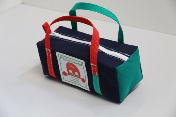 marineblau rot-grün 30-12-12