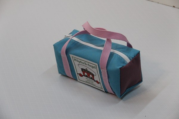 kleine Kulturtasche hellblau flieder rosa 25-10-10