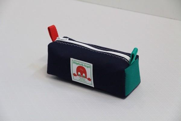 marineblau rot-grün Federtasche