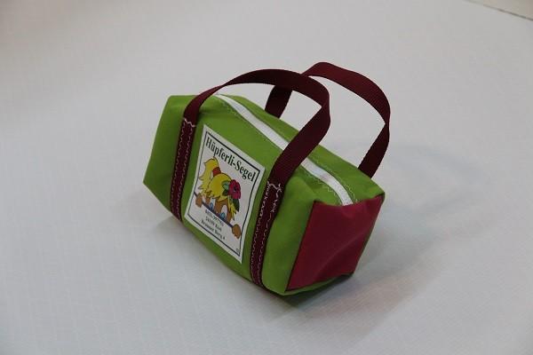 kleine Kulturtasche giftgrün pink dunkelrot 25-10-10