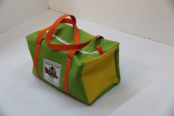 kleine Sporttasche giftgrün gelb orange 40-22-22