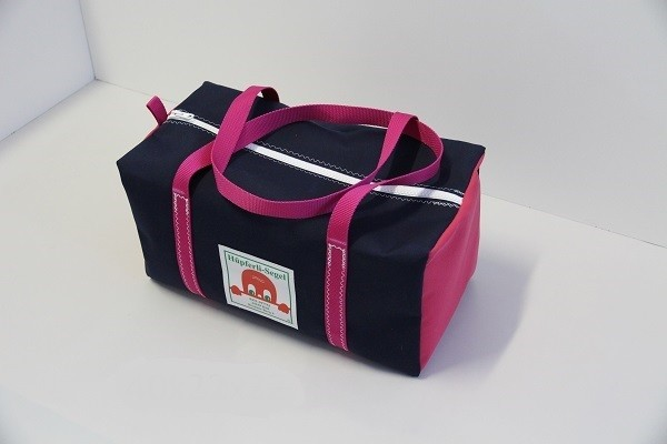 kleine Sporttasche marineblau-pink 40-22-22