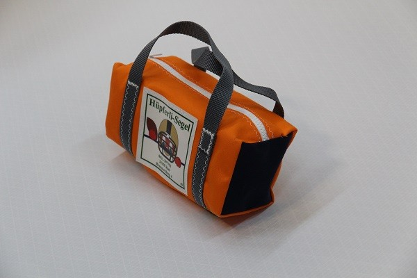 kleine Kulturtasche orange marineblau anthrazit 25-10-10