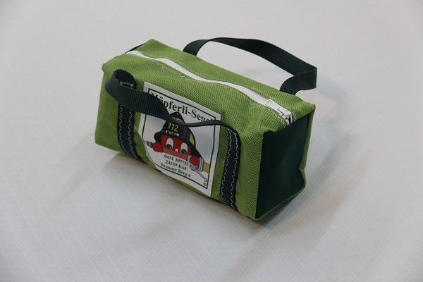 kleine Kulturtasche grasgrün dunkelgrün 25-10-10